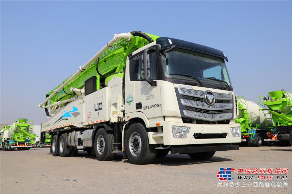 雷萨重机BJ5449THB-XF(L10-62米)泵车高清图 - 外观