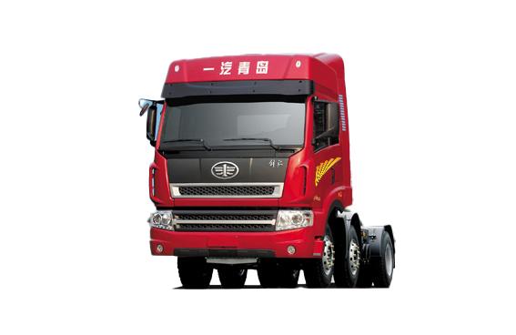 青岛解放新大威 6X2轻量化 牵引车