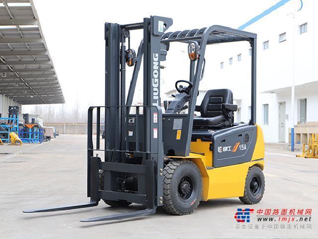柳工CLG2018A-SCLG系列四支点单驱1.5T~1.8T电动平衡重式叉车高清图 - 外观