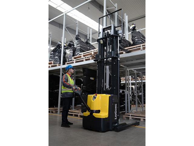 柳工CLG2S016-WS2/N托盤堆垛車高清圖 - 外觀