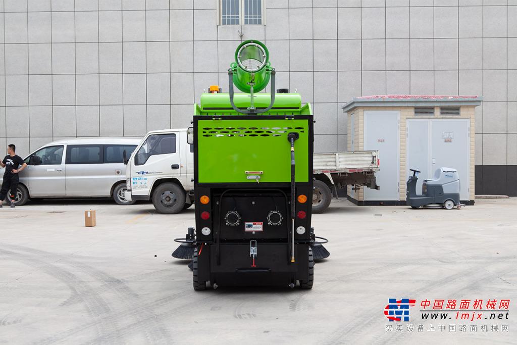 宜迅YX5-2000三合-3轮扫地车高清图 - 外观