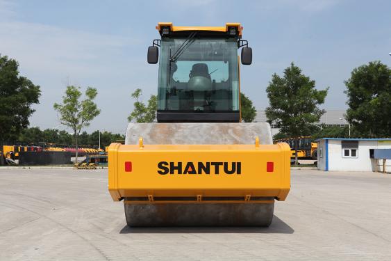 山推SRT30H-C6轮胎压路机高清图 - 外观