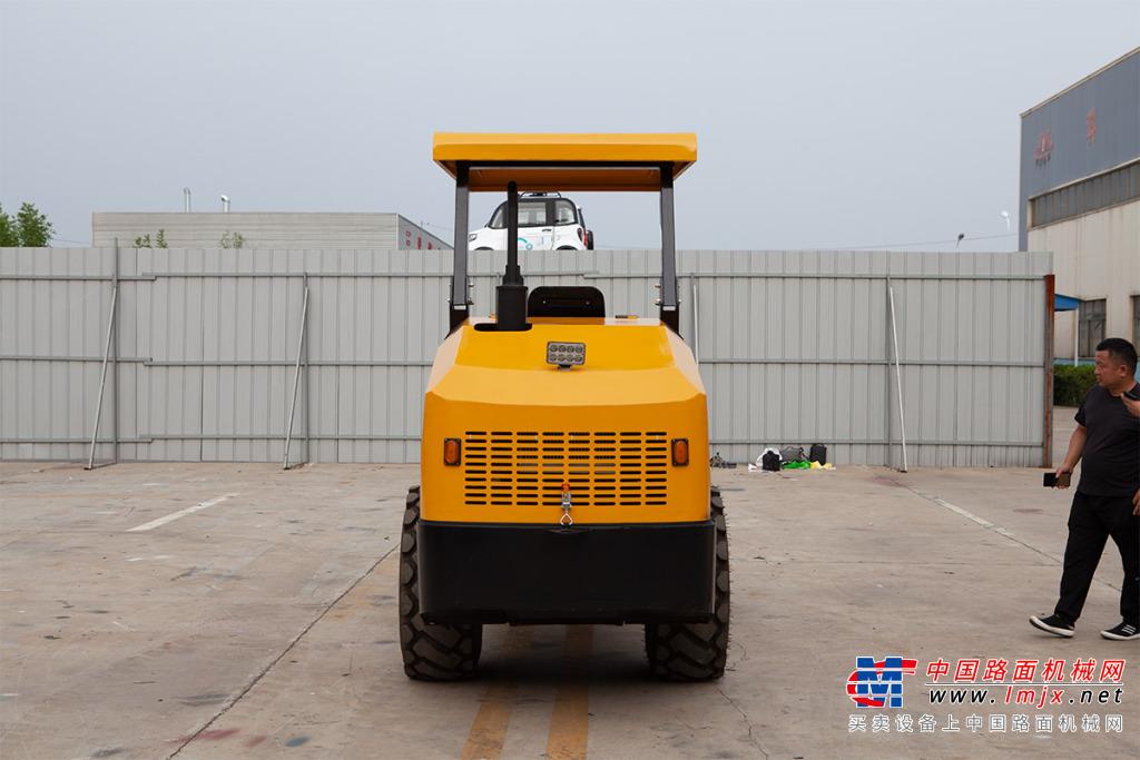 宜迅YX- 40004噸單鋼輪壓路機高清圖 - 外觀