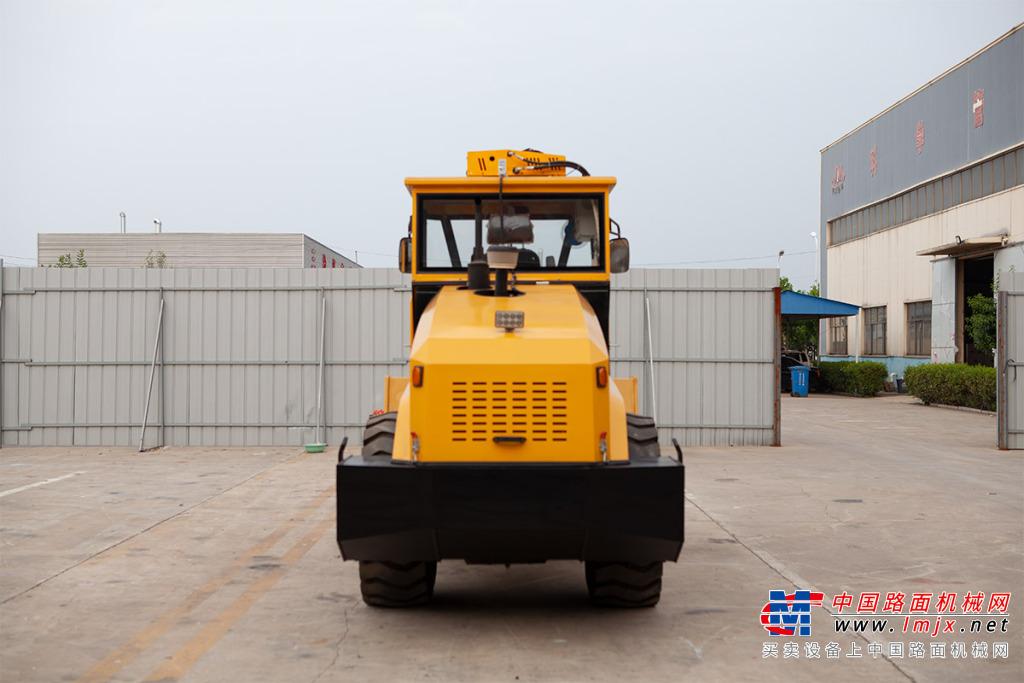 宜迅YX- 80006噸單鋼輪壓路機高清圖 - 外觀