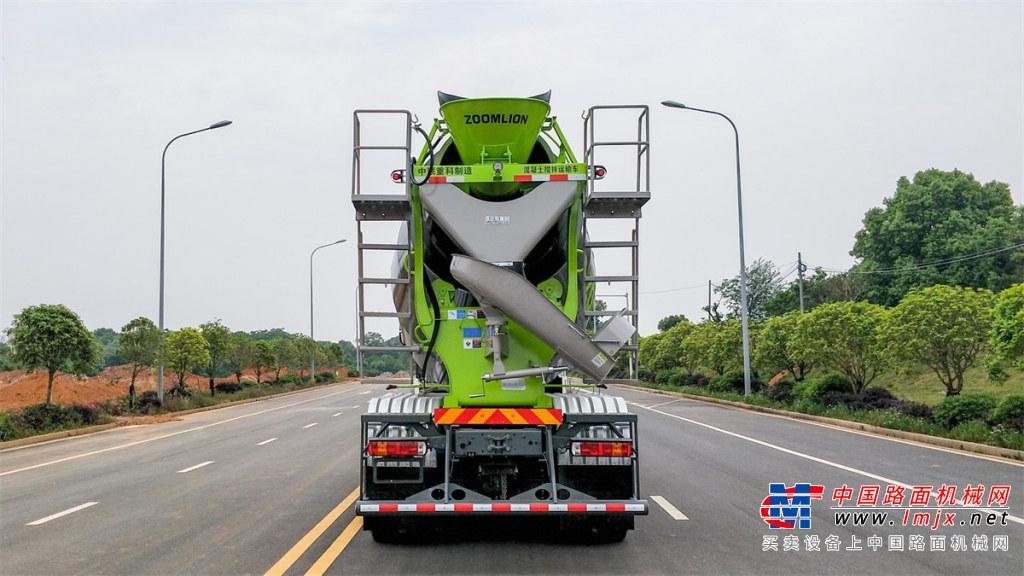 中联重科ZLJ5311GJBHT5F四桥12F重汽TX Pro搅拌车高清图 - 外观