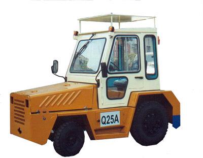 大連叉車Q25牽引車