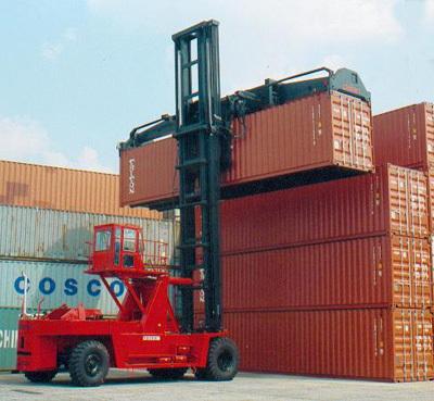 大连叉车FD420五层重箱作业叉车