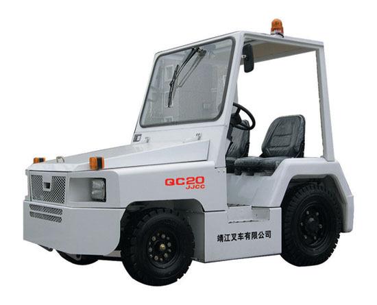靖江2-3吨NISSAN系列挡风玻璃KM内燃牵引车